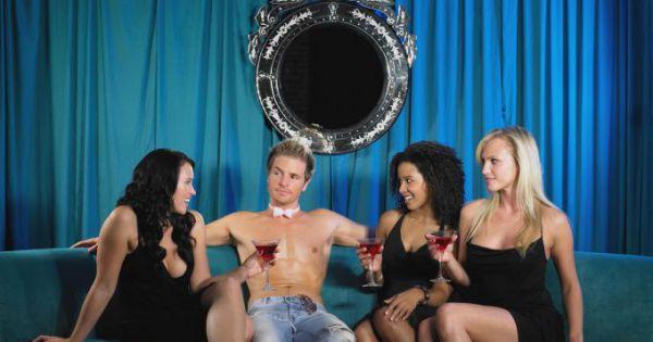 как узнать на вечеринке что женщина тебя хочет