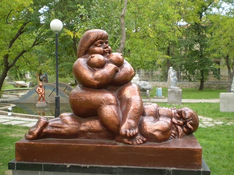 Фото сексуальное доминирование девушки над мальчиком
